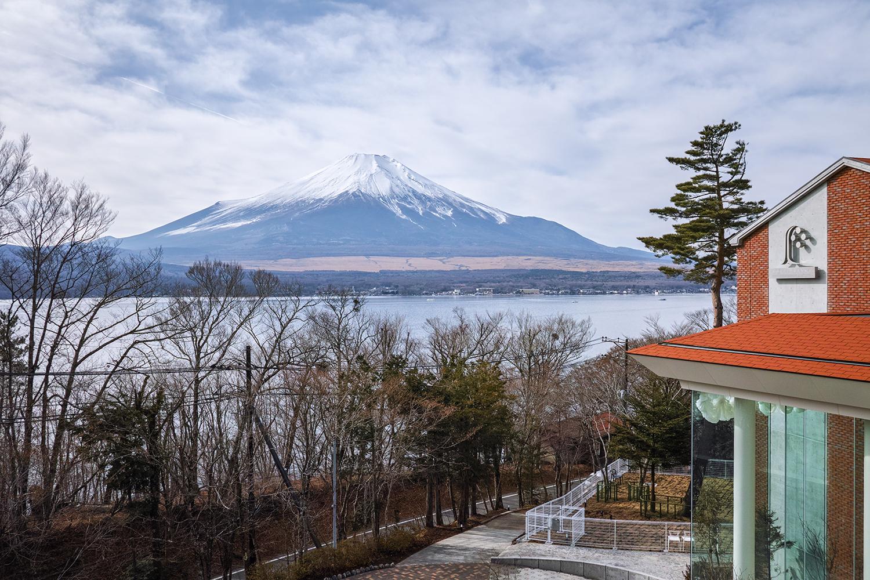 ホテル凛香 富士山中湖リゾート...