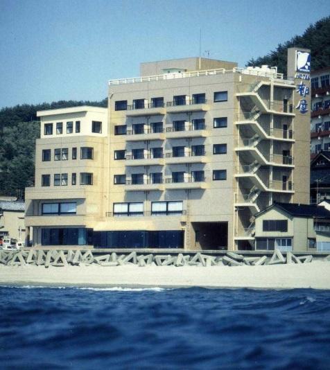 海辺の宿都屋