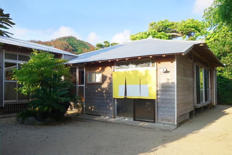 伝泊 港と夕陽の見える宿 FUNA‐GURA <奄美大島>