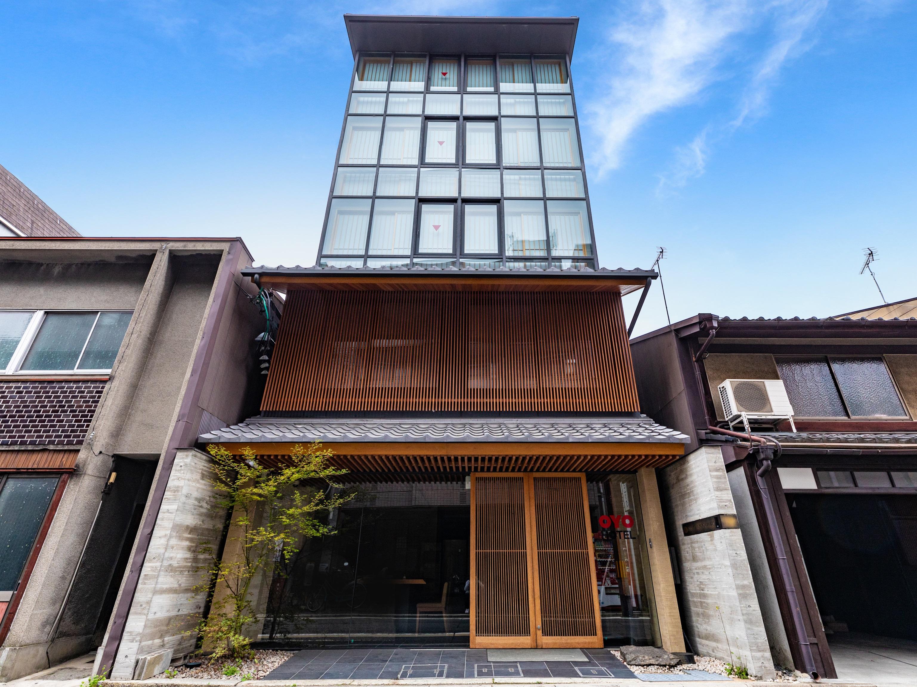 THE HOTEL KIYOMIZU 祇...