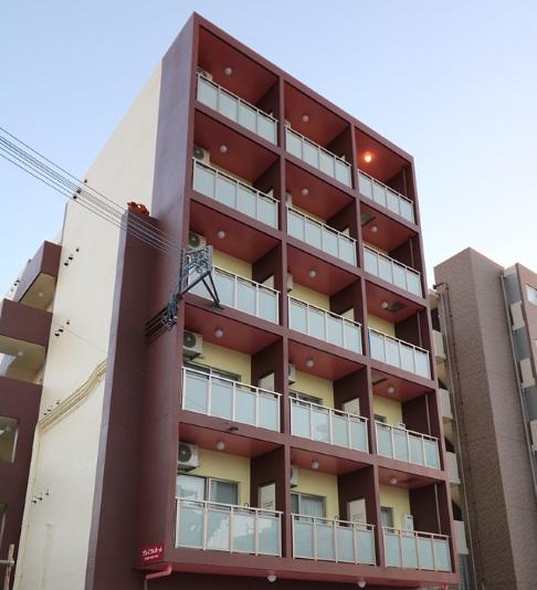 MR.Kinjo プレミアムホーム in 北谷II