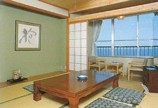 シーサイド京極荘