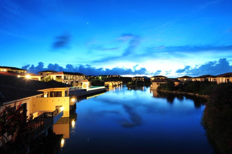 ホテルアラマンダ小浜島 <小浜島>(南西楽園ツーリスト提供)...