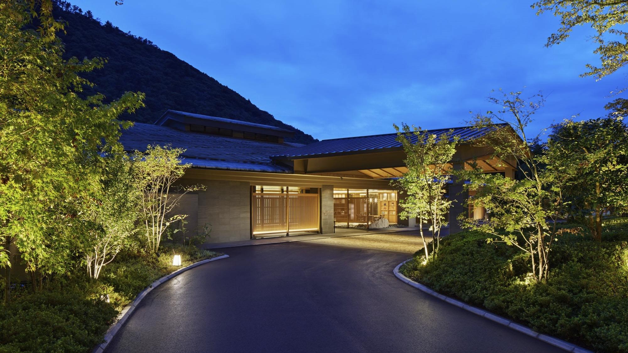 箱根湯本温泉 ホテルはつはな...