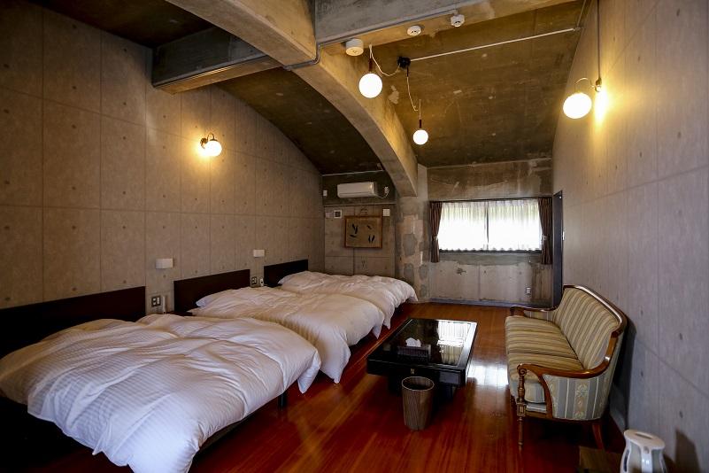 リゾートホテル 財宝別荘