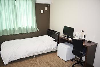 ホテル リーブス