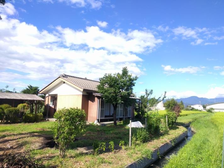 田舎の家 ともの小屋