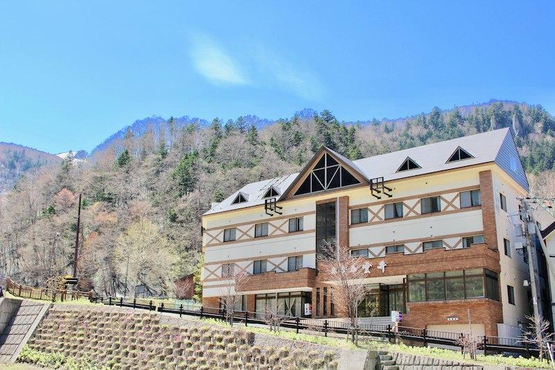 3月に行く卒業旅行でおすすめの層雲峡温泉の宿は?