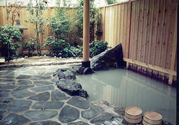 箱根温泉 湯宿山の省 画像