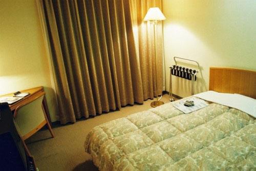 越前屋ホテル<新潟県三条市>の客室の写真