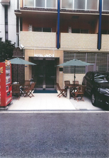 HOTEL J&C-I...