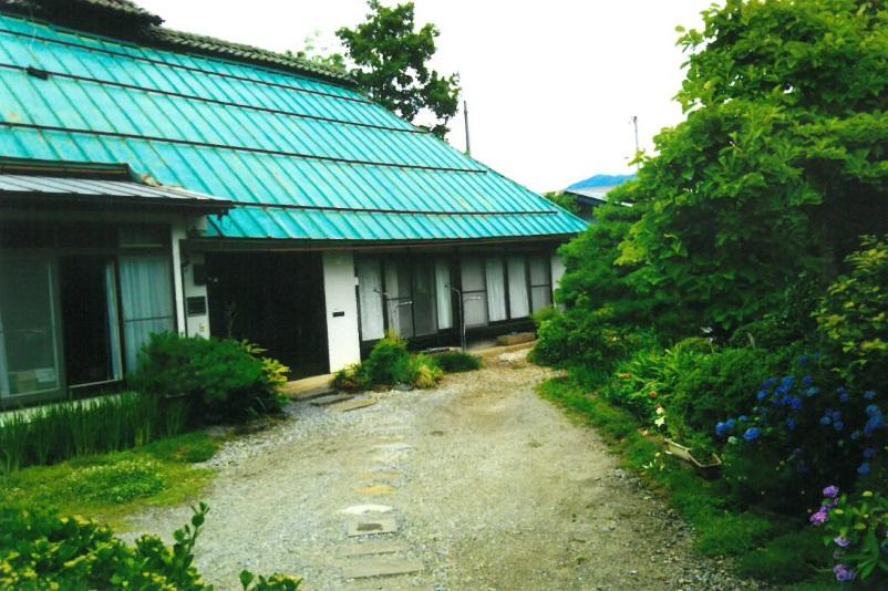 ゲストハウス『古民家の宿 梨 本 軒』