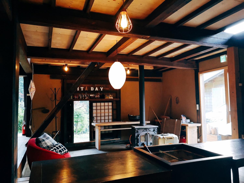 新宿から90分!里山に浮かぶ一棟貸し・囲炉裏付き古民家宿【Vacation STAY提供】