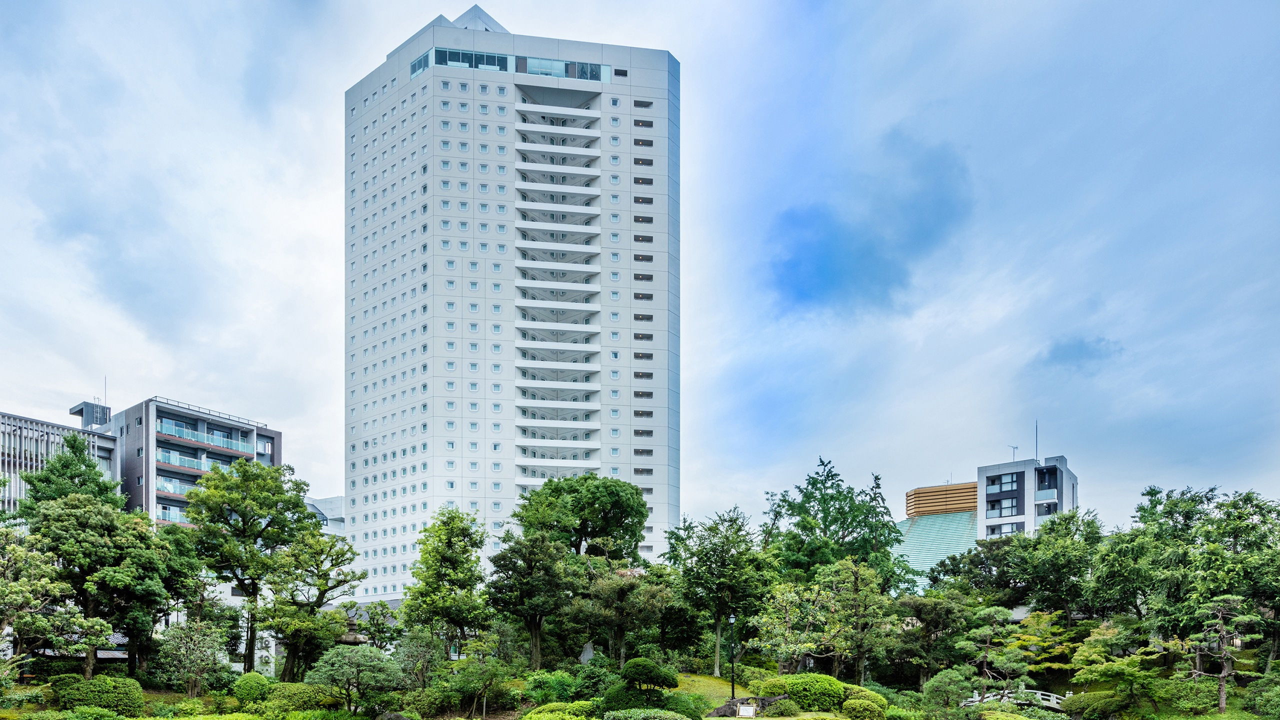 アパホテル&リゾート〈両国駅タワー〉2020年8月7日開業