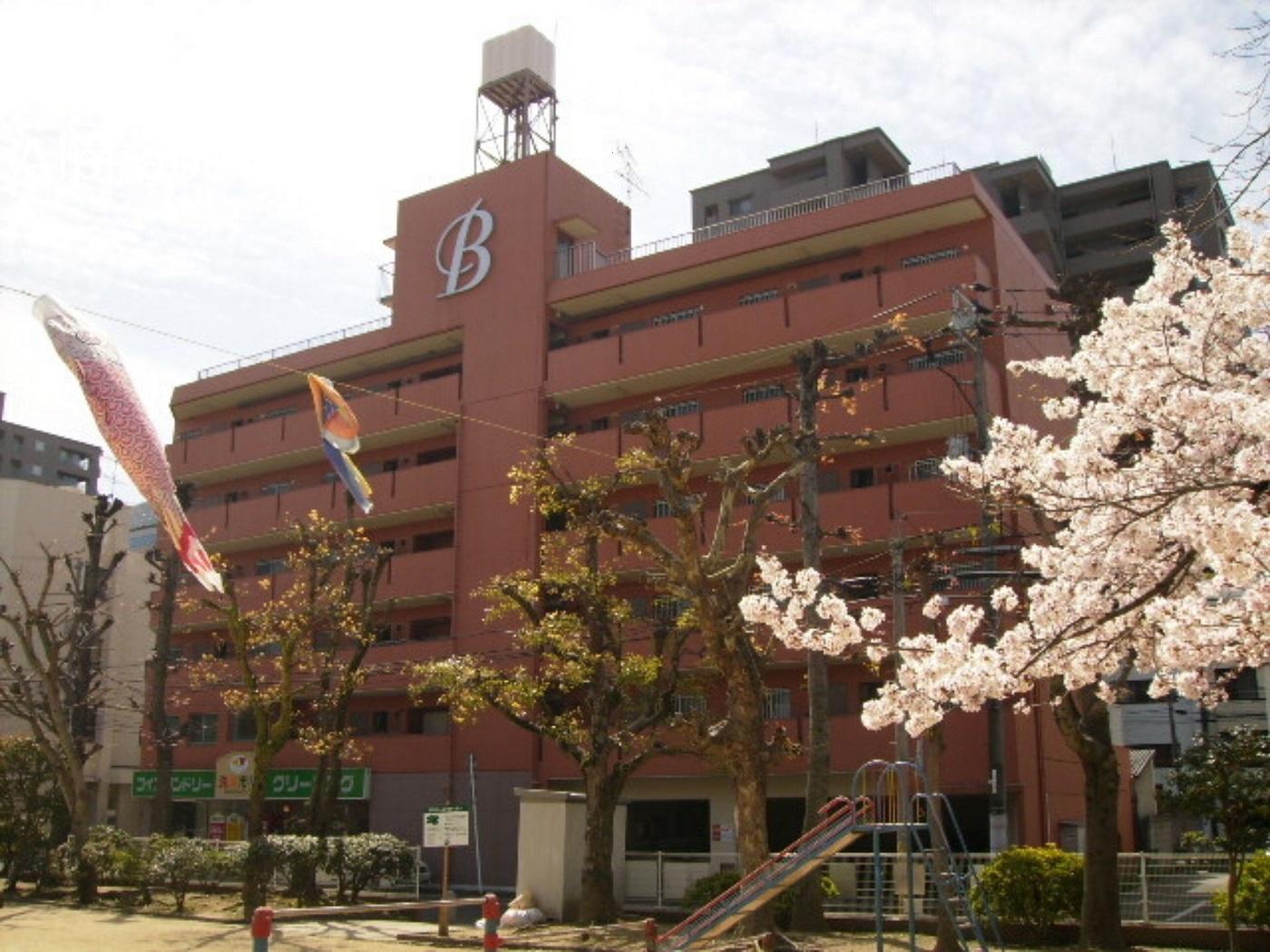 Alphabed岡山桃太郎通り