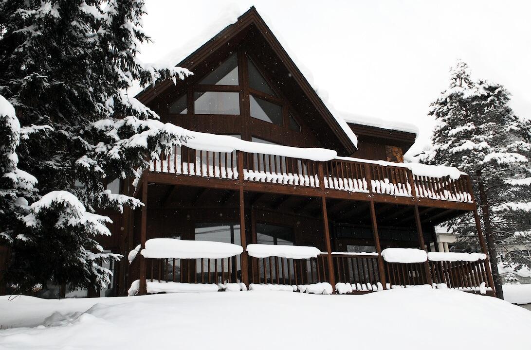 Furano Lodge 10