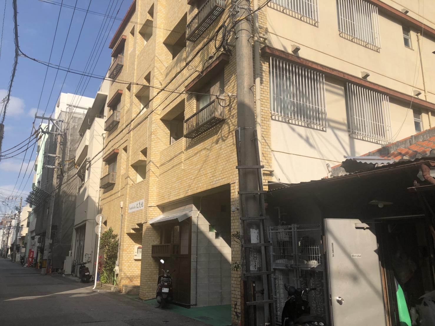 サザリーズコンドミニアム久茂地2A(101号室)