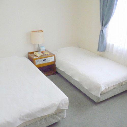 ホテル ピースランド石垣島 <石垣島>
