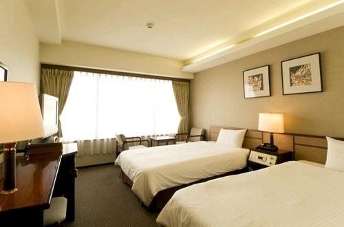 沖縄ホテル、旅館、琉球サンロイヤルホテル
