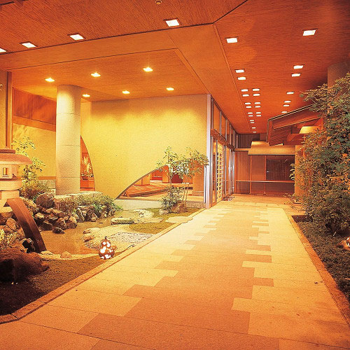 金沢城に行った後に山中温泉に泊まりたい!女子旅にぴったりなモダンな宿は?