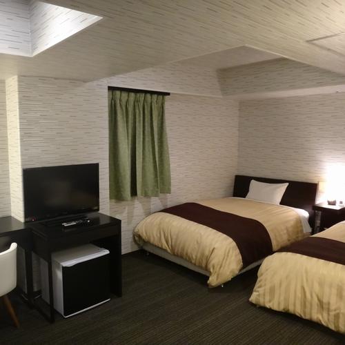 厚木シティホテルの客室の写真