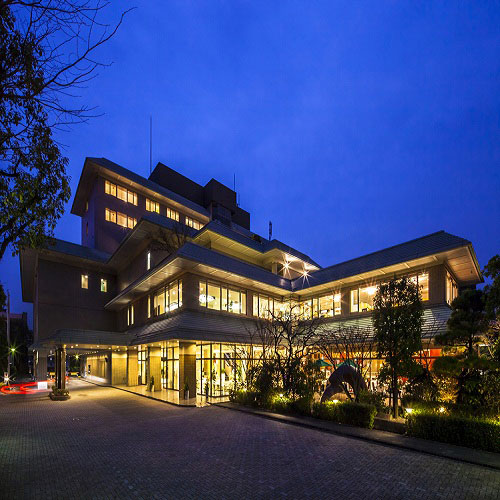 KKRホテル熊本(国家公務員共済組合連合会熊本共済会館)...