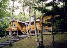 森のホテル ログハウスの外観