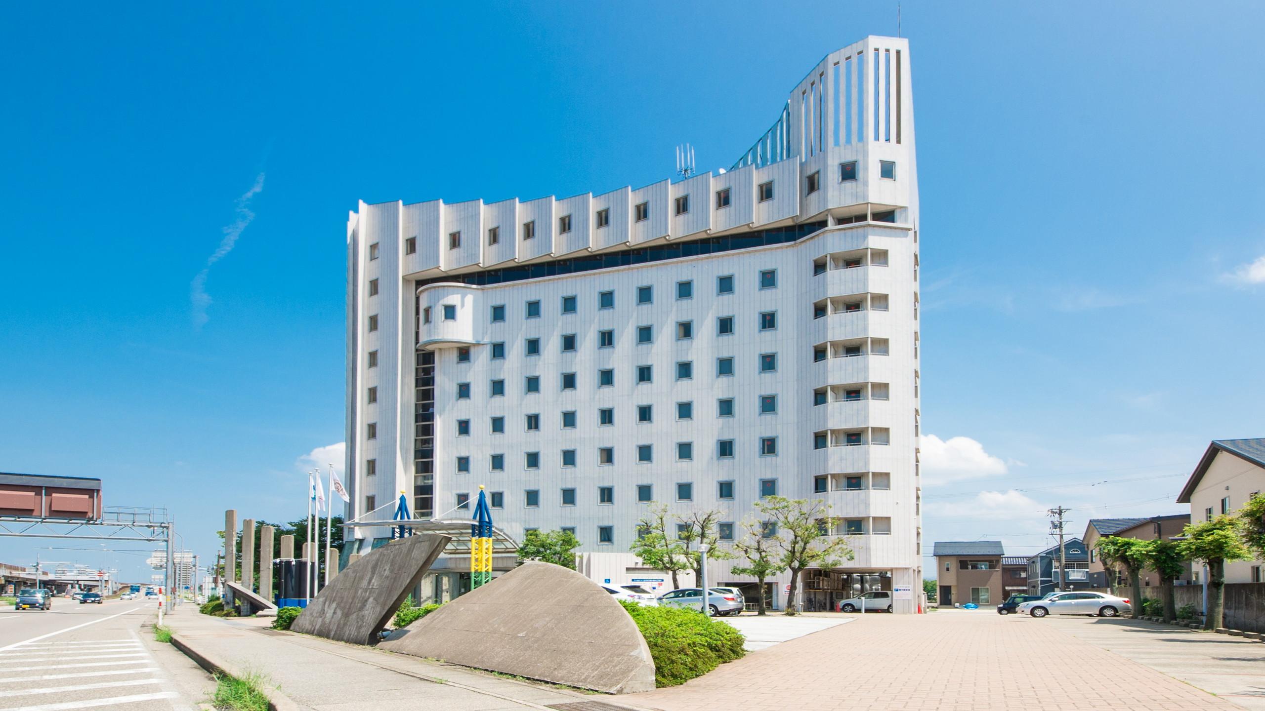 アパホテル<金沢西>...