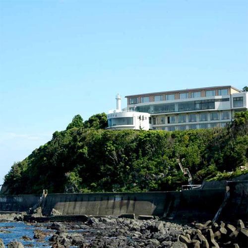 燈台 岬のリゾート ホテルいじか荘