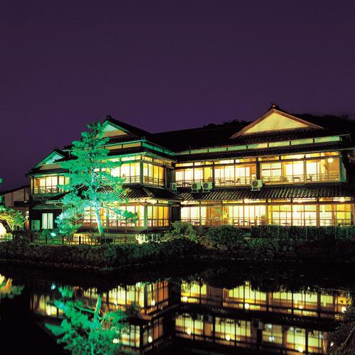 祖母の誕生日にゆっくり過ごせる和倉温泉のひなびた宿を教えて!