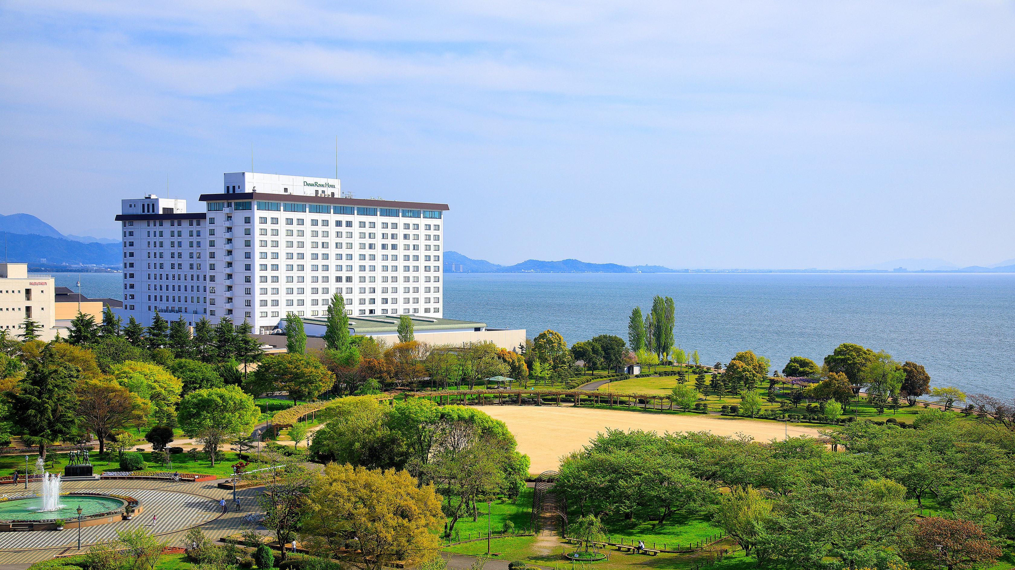 ホテル&リゾーツ 長浜(旧:長浜ロイヤルホテル)...