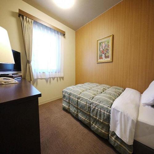 ホテルルートインコート佐久の客室の写真