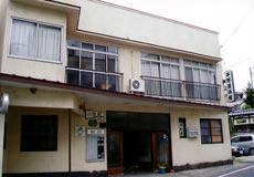 平野屋旅館の外観