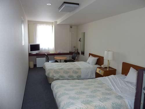 みどりヶ丘温泉サウナビジネスホテルの客室の写真