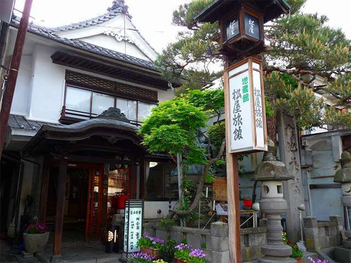 善光寺周辺で観光を楽しむことができる最適な宿は?
