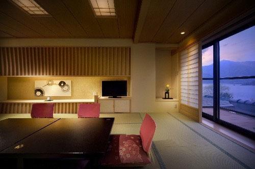 富士河口湖温泉 湖南荘 画像