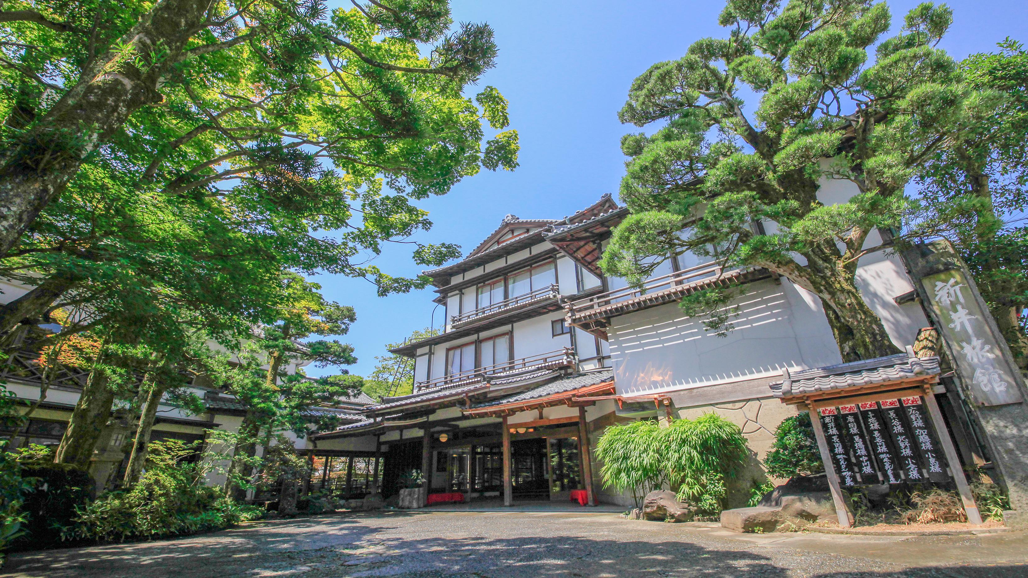 夫婦でおいしい和食が食べられる修善寺温泉の宿を教えてください