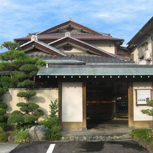 石和温泉で和食を部屋食でゆっくり食べれる宿のおすすめは?