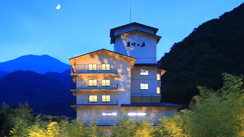 鬼怒川温泉で癒しのある景色が眺められるおすすめの温泉ってありますか?