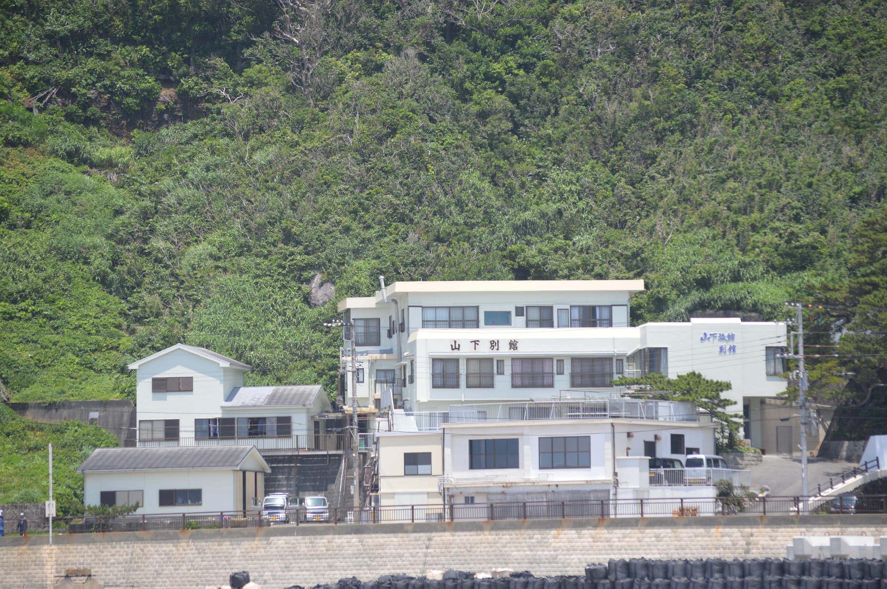 山下旅館 <神津島>の外観