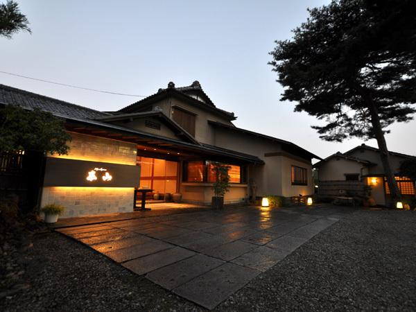 割烹旅館 東山の詳細