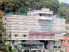 長崎ブルースカイホテル...