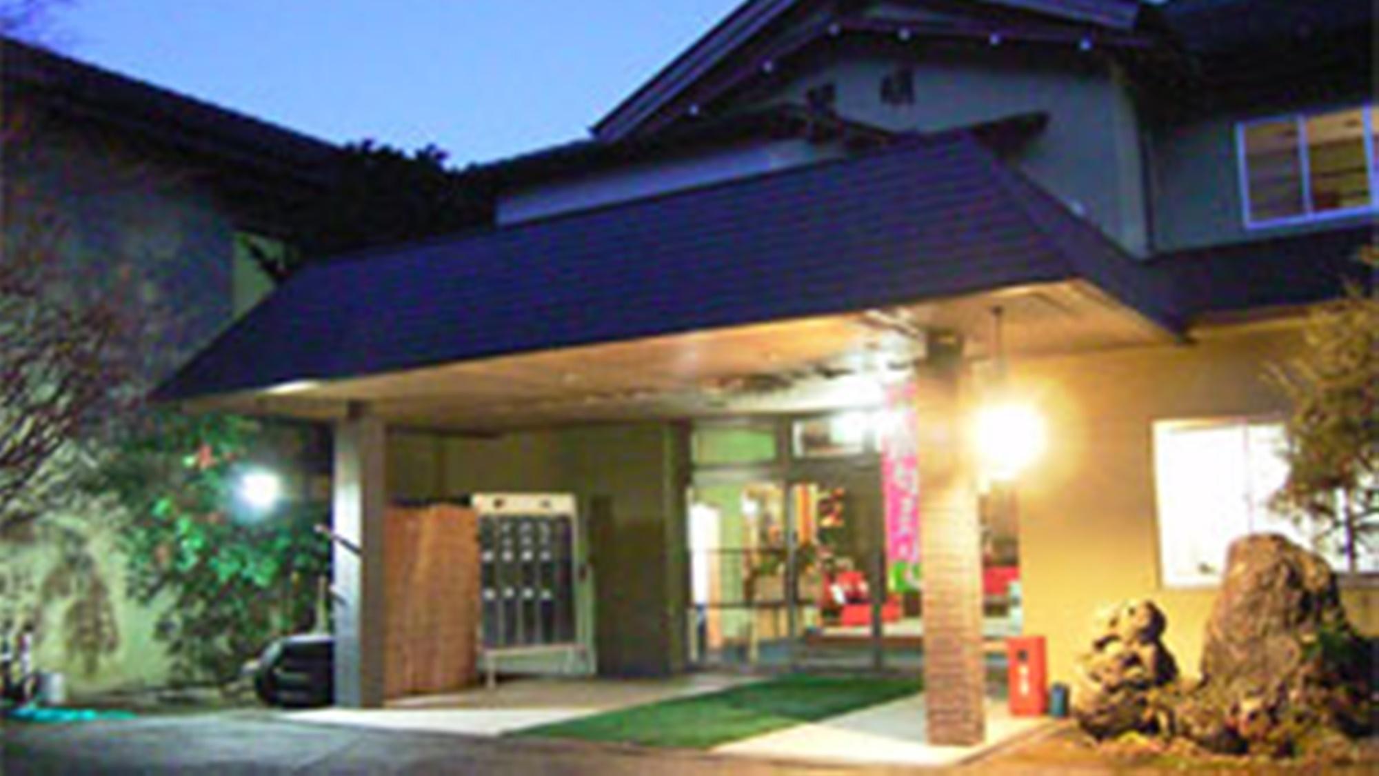 湯谷温泉 旅館 翠明の外観