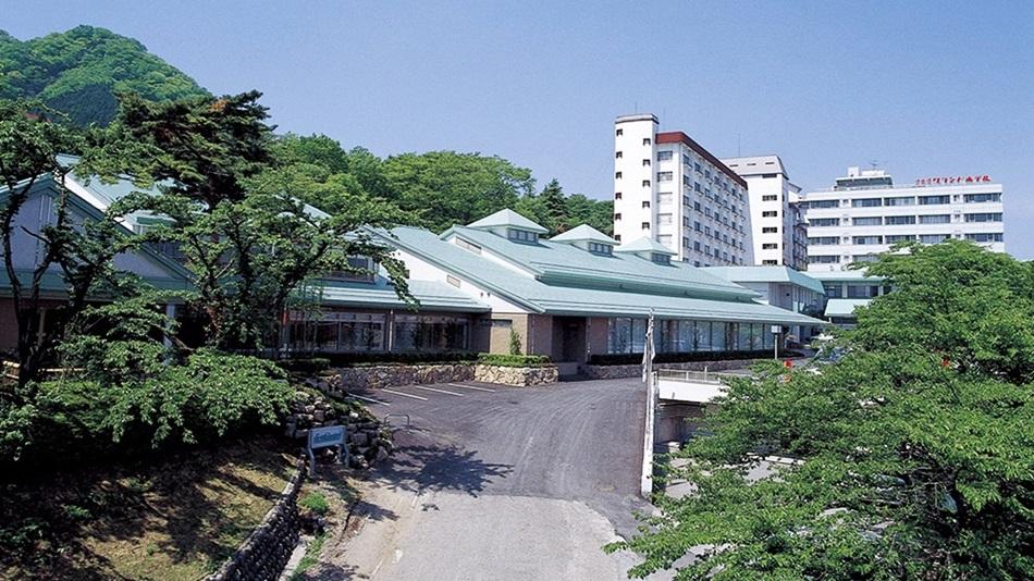 伊香保温泉にカラオケやゲームコーナーのある宿はありますか?