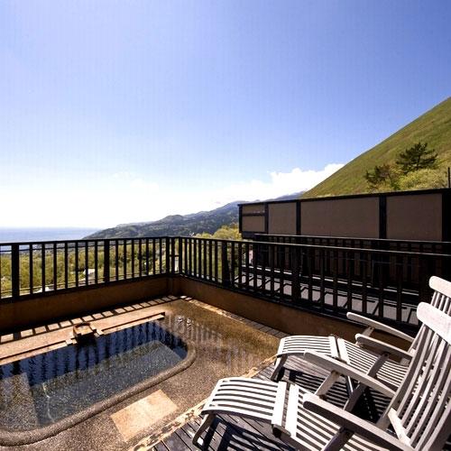 伊豆高原温泉 全室露天風呂付 二階家離れの宿 お宿うち山の部屋画像