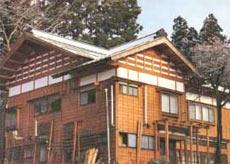 栃窪温泉 旅館 銀峰閣月乃湯の外観