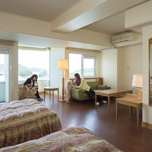 鳥羽わんわんパラダイスホテルの客室の写真