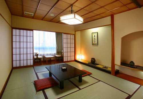 温泉ホテル中原別荘(客室禁煙・耐震改修済)の客室の写真