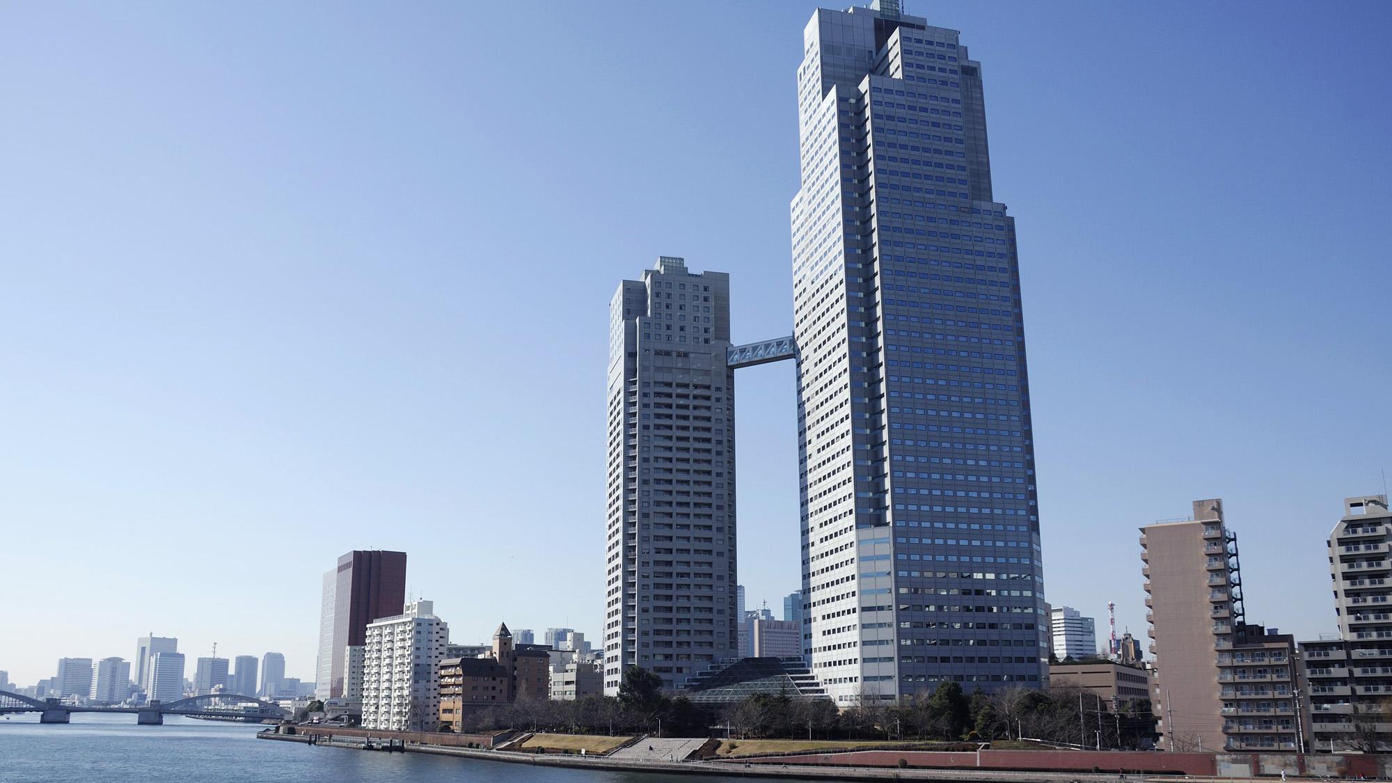 銀座クレストン(旧東京新阪急ホテル)...