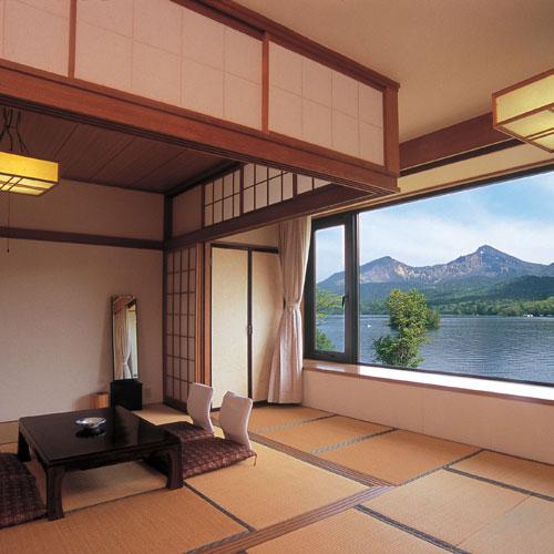 磐梯桧原湖畔ホテルの客室の写真